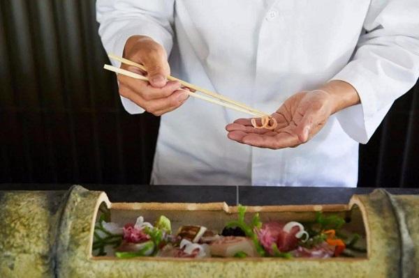 日本米其林餐厅有多难预订?